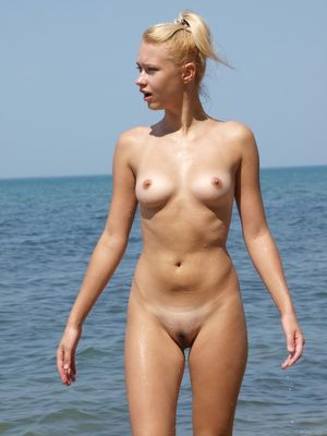 naked young nudist