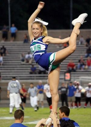 high school cheerleader upskirt